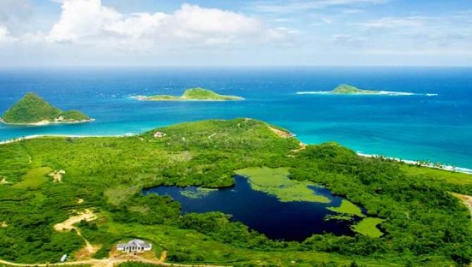Малката островна държава Гренада отдавна е любима дестинация за туристи от всички краища на света.-544_1