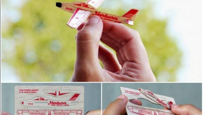 Визитка на компания, която създава модели на самолети. От нея можете да се сдобиете с малък самолет.-568_2