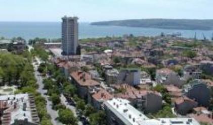 Най-високата средна цена за кв. м  жилищна площ през 2007 г. е във  Варна