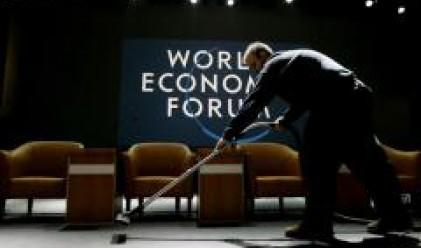 Борбата с климатичните изменения и световния ръст в основата на дискусиите в Давос