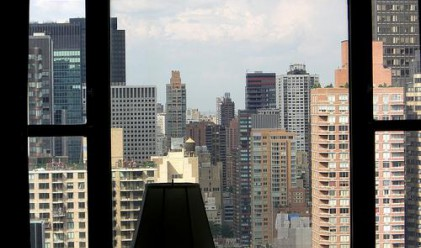 Цените на апартаментите в Манхатън продължават да падат