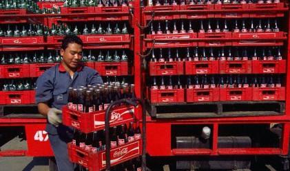 Coca-cola вместо зарядно за мобилен телефон