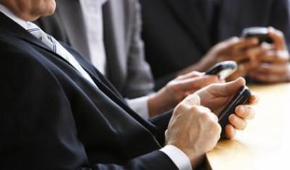 Делойт: Смартфонът се превръща в търсачка през 2010 г.