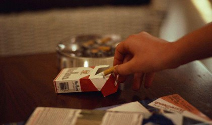 Цигарите удариха 6 лв., при комшиите по-евтини