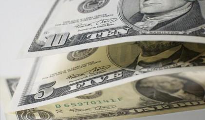 Елана & Saxo: Доларът тръгва нагоре