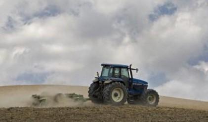 580 млн. евро нужни за подмяна на агро-техниката у нас