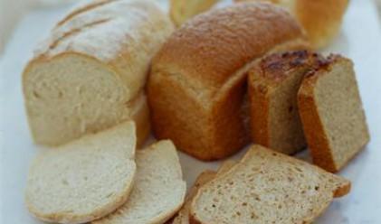 Пълнят багажници с хляб по 25 ст.
