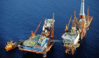 Иранският министър на петрола: Цена от 100 долара е реална