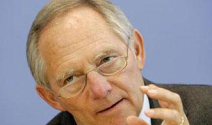 Берлин: Няма причина за увеличаване на спасителния фонд