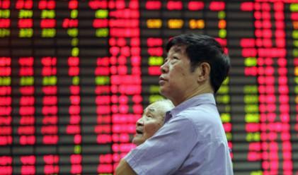 Китайските индекси изостават