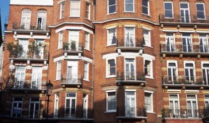 Луксозните имоти в Лондон поскъпват в 14-и пореден месец