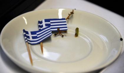 Частните кредитори на Гърция приемат загуби до 70%