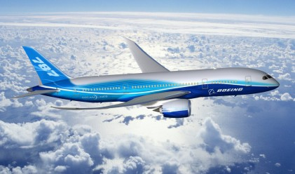 Японците спират полетите на Boeing 787