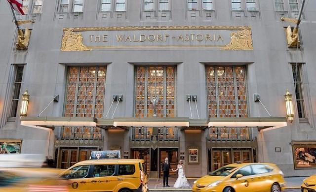 Култов хотел в Ню Йорк затваря врати. Ето как изглежда отвътре