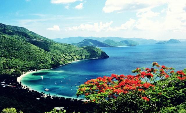 Вирджинските острови ще ви платят, за да ги посетите