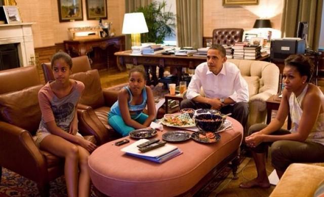 Саша Обама пропусна прощалната реч на баща си, имала контролно