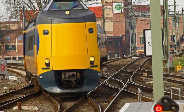 Всички влакове в Холандия вече се движат само с вятърна енергия