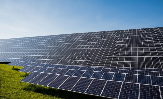 Китайци инвестират 1 млрд. долара в соларен завод край Чернобил