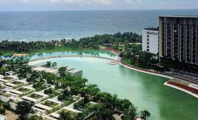 Първият в света хотел с частен океан отвори врати в Китай