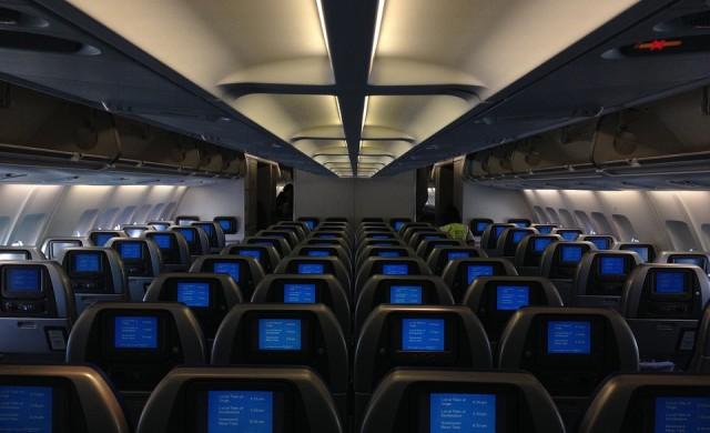 Най-популярното забавление по време на полет отива в историята?