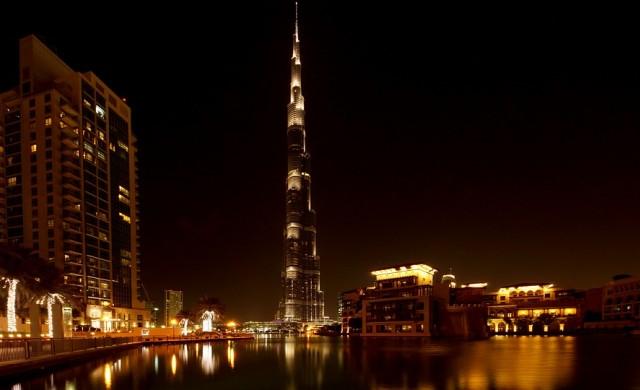 10 факта за най-високата сграда в света навръх рождения й ден