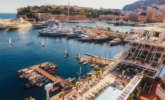 Най-богатата страна в света се разширява към морето