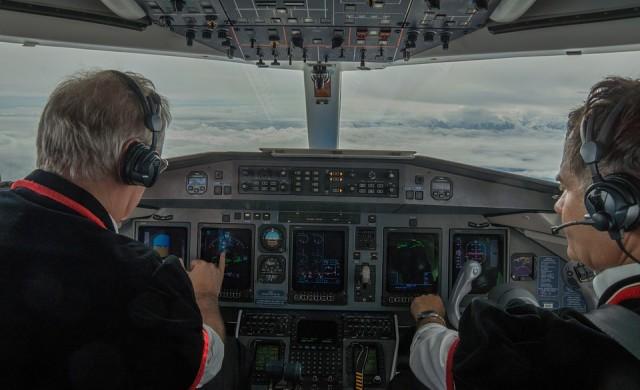 Защо пилотската професия е толкова доходоносна?
