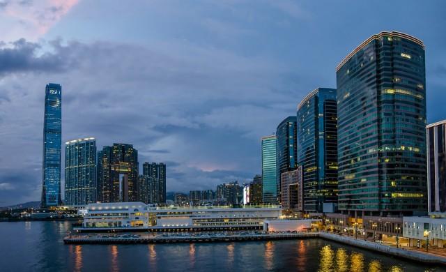 Продадоха небостъргач в Хонконг за 1.3 млрд. долара