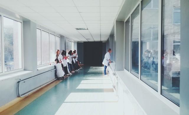 Медицинските сестри у нас са намалели с 30 000 за две години