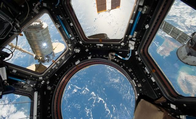 Астронавт порасна с 9 см само за три седмици в Космоса