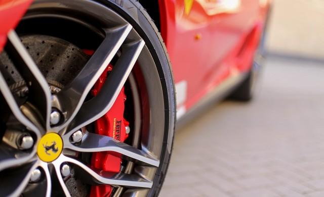 Ferrari планира да създаде електрически суперавтомобил