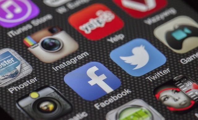 Каква част от бизнеса ползва социални мрежи