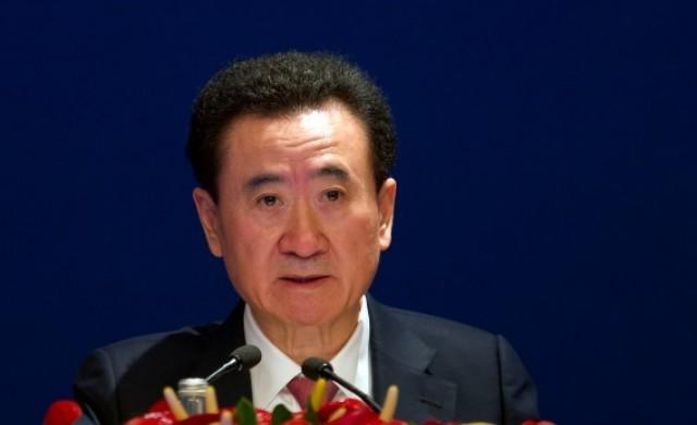 Защо някогашният най-богат китаец разпродава империята си?
