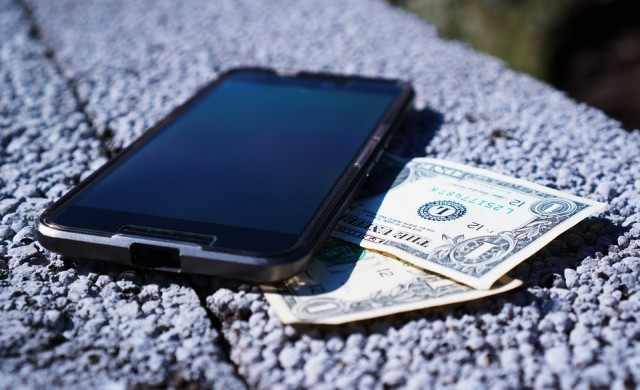 Как да изберем добър евтин телефон