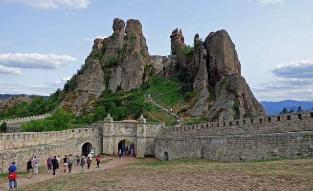 8.882 млн. чуждестранни туристи посетиха България миналата година