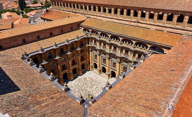 Четири от най-красивите университетски библиотеки на планетата