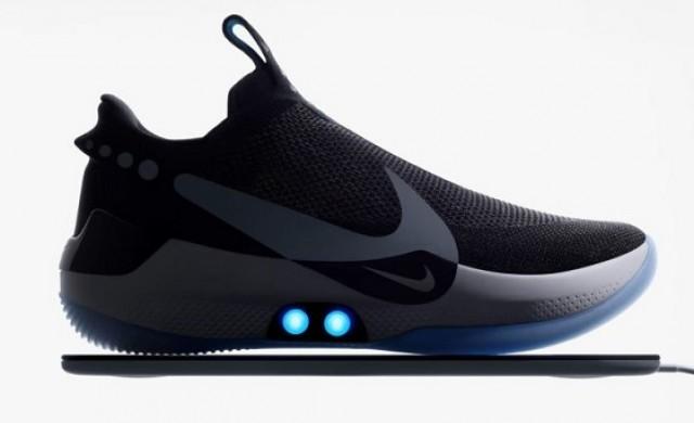 Nike представи умни маратонки, които се завързват сами