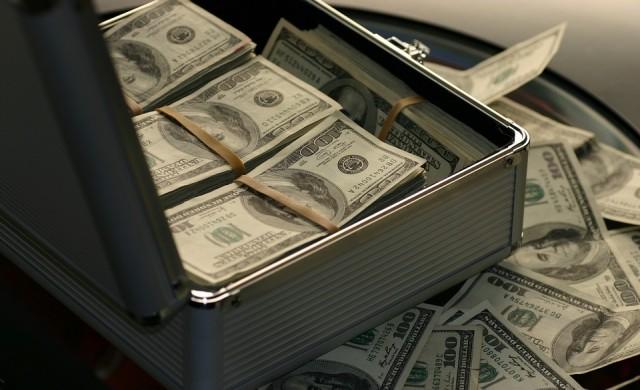 Състоянието на най-богатите расте с по 2.5 млрд. долара на ден