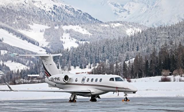 В Давос чакат 1 500 частни самолета, въпреки глобалното затопляне