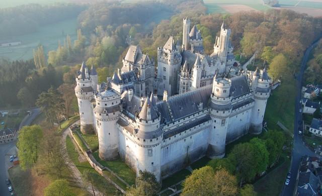 Пет замъка в Европа, които да посетите през 2019 г.