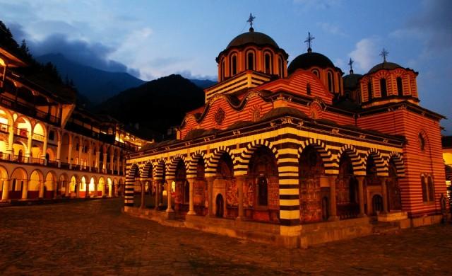 Рекорден брой туристи посетиха България през 2018 г.