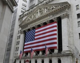 Банкови печалби покачиха щатските индекси до едномесечни върхове