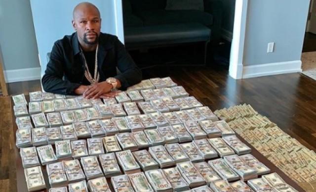 Боксьорът, който печели по половин милион за всеки удар
