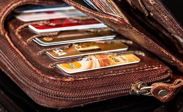 Погасяване на кредитна карта с потребителски кредит - да или не?