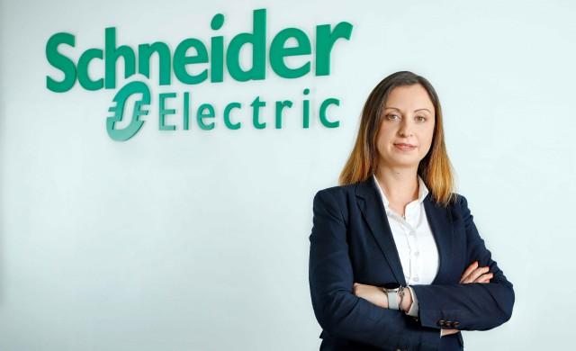 Българка начело на умната фабрика на Schneider Electric в Пловдив