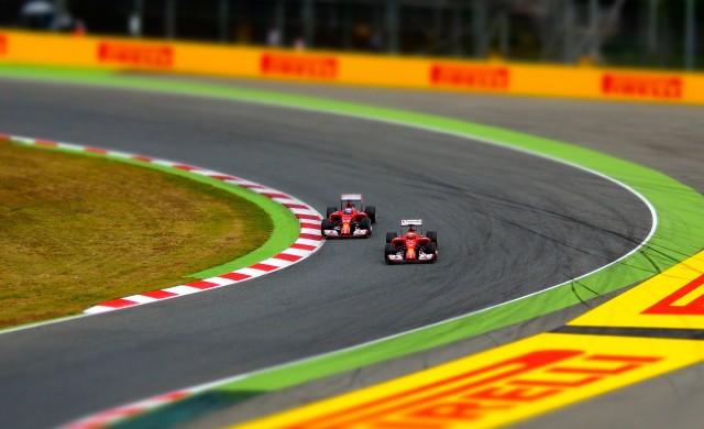 """Може ли Формула 1 да """"занули"""" въглеродния си отпечатък?"""