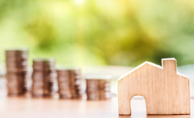 ГПР по ипотечните кредити пада до ново рекордно дъно