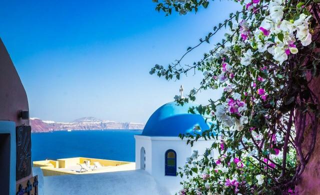 Гърция въведе 7-дневна карантина за влизащите в страната