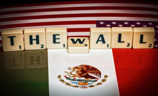 Колко от стената по границата построи Тръмп и плати ли Мексико за нея?