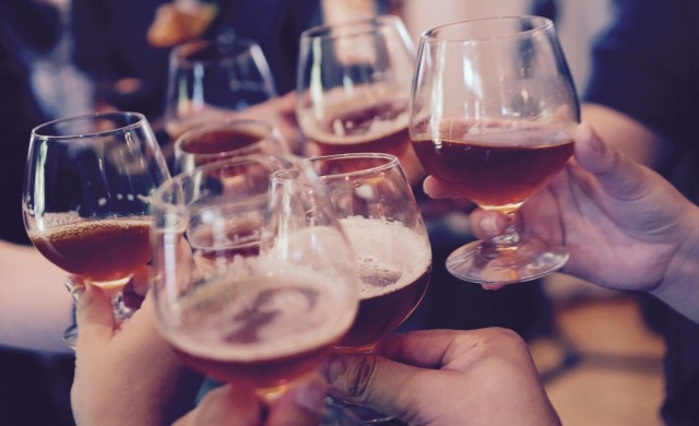 Близо 60 души се събрали на празненство в софийски ресторант